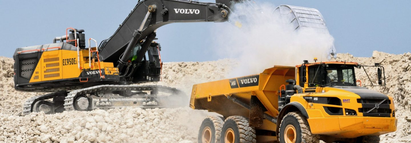 Volvo ADT A45G Dumper Articuled Excavator EC950 Pelle EC950E Volvo Contruction Equipment VCE