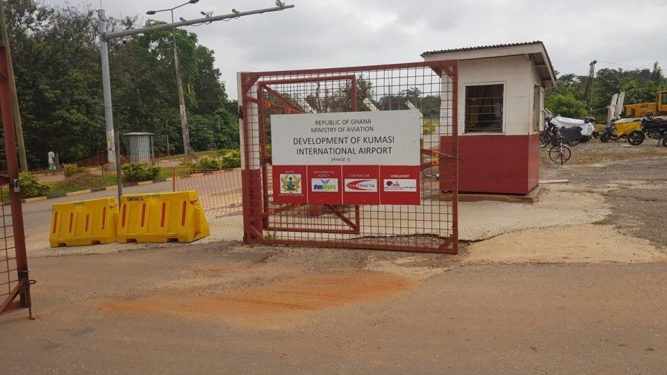 SMT Ghana | Client testimonial: Contracta Construction - Construction of Kumasi Airport SDLG G9190 Grader niveleuse