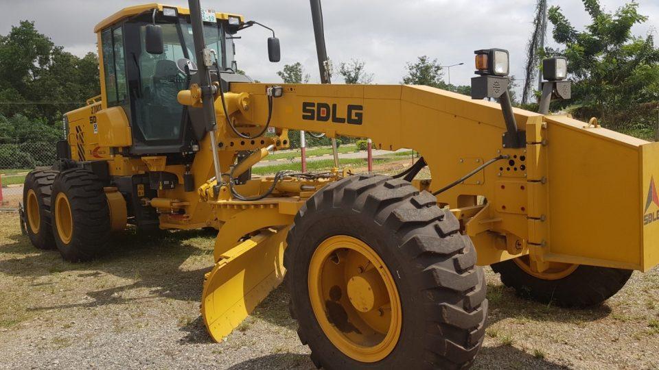 SMT Ghana | Client testimonial: Contracta Construction - SDLG G9190 Grader niveleuse