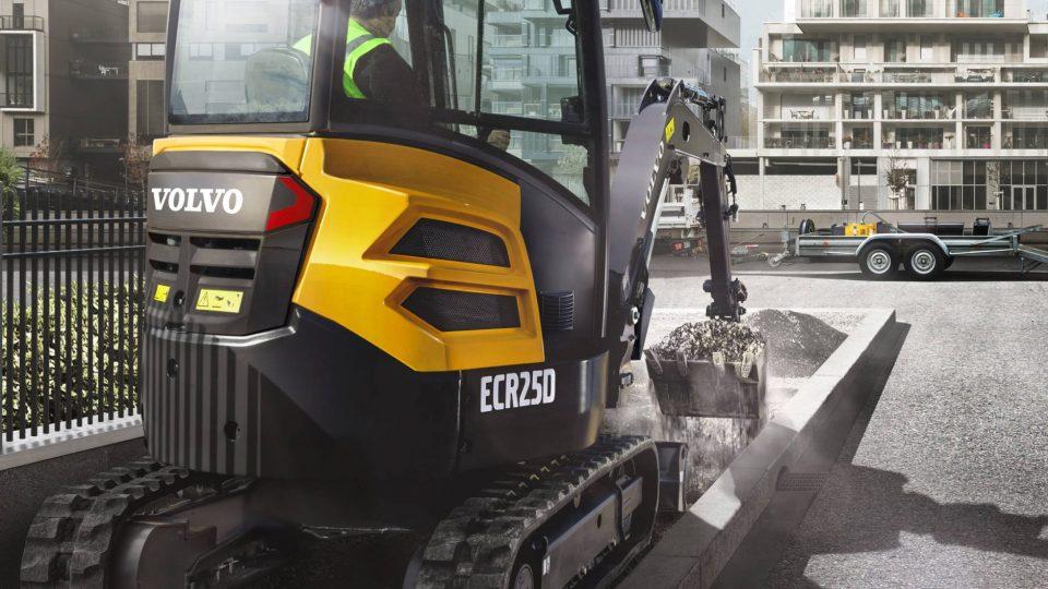 volvo show compact excavator ecr25d t4f 23241200
