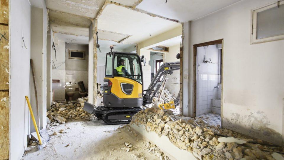 CEX ECR25 Electric 1 demolition 01