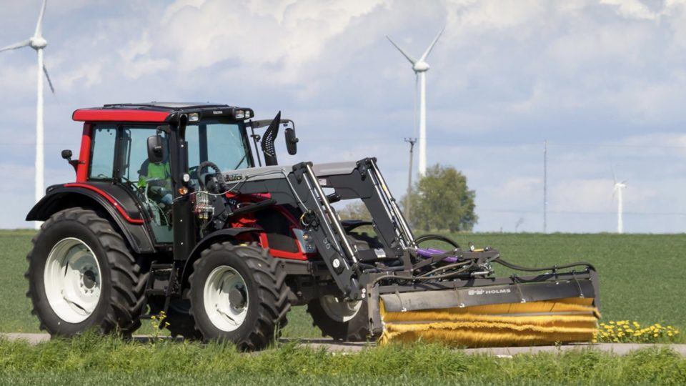 Holms SL tractor